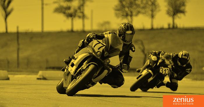 Kenapa Pembalap MotoGP Waktu Belok Posisinya Miring Banget Tapi Nggak Jatuh? 1