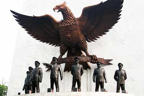 monumen-kesaktian-pancasila