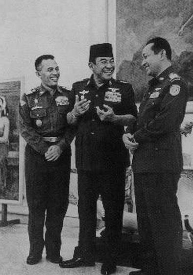 Sukarno-Suharto-Nasution2