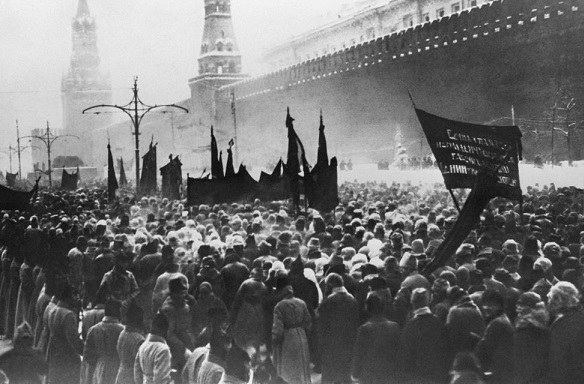Stalin: Ketika Seorang Paranoid Memimpin Negara Terbesar di Dunia 104