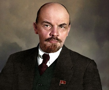 Stalin: Ketika Seorang Paranoid Memimpin Negara Terbesar di Dunia 101