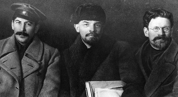 Stalin: Ketika Seorang Paranoid Memimpin Negara Terbesar di Dunia 103