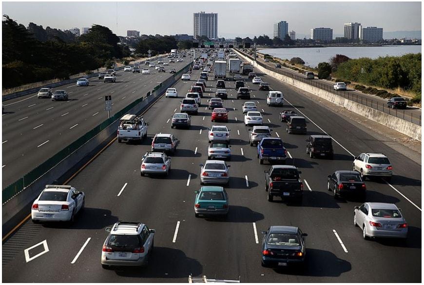 Kenapa Jalan Raya Bisa Rusak dan Berlubang? 2