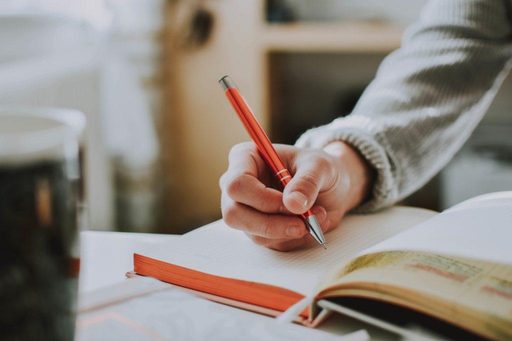cara memaksa diri untuk serius belajar