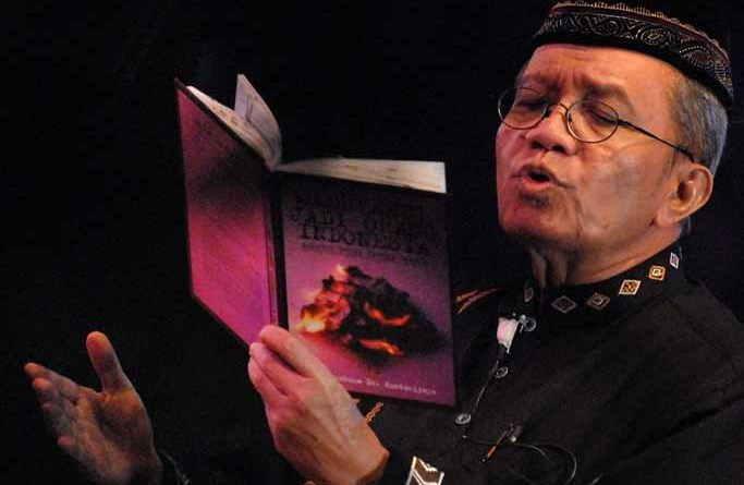 "Puisi Berjudul ""Nasehat-Nasehat Kecil Orang Tua"" Karya Taufiq Ismail"